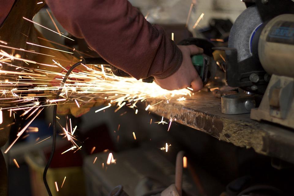 opracování kovu